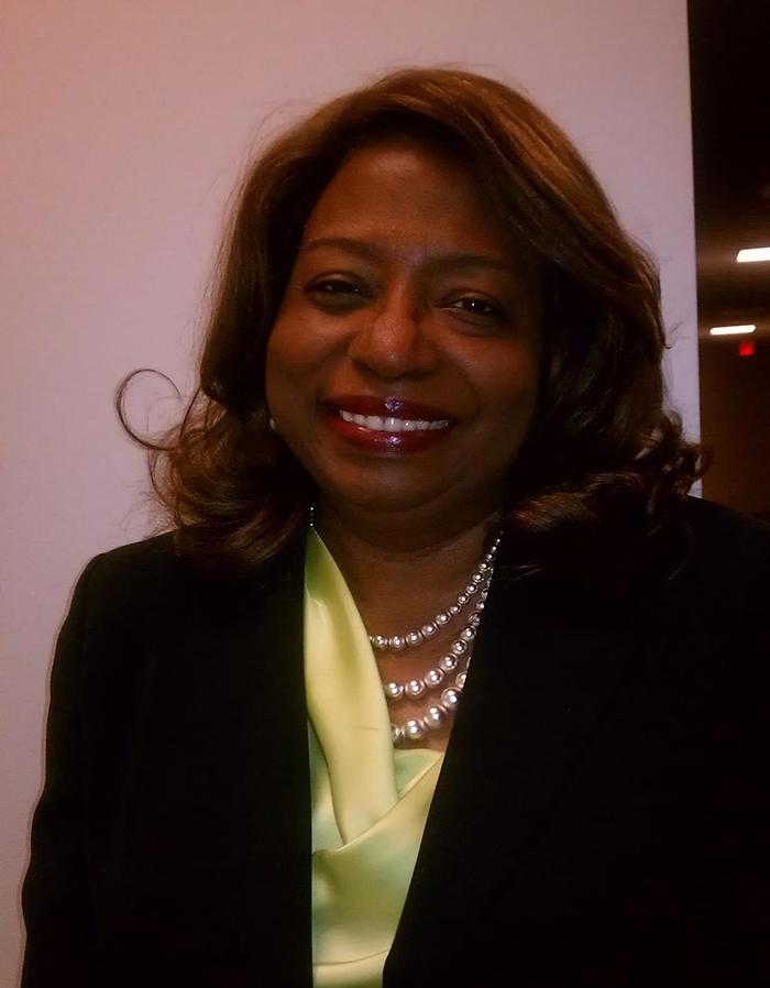 Kathryn Mahoney, Minister